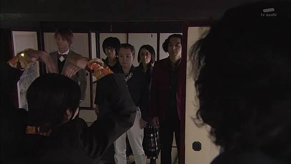 Keibuho Yabe Kenzo S2 ep07 (1280x720 x264)[15-48-34].JPG