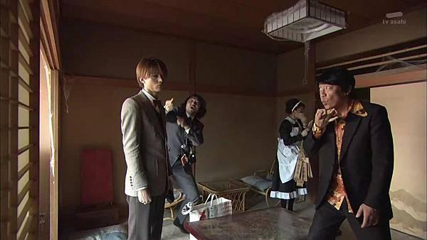 Keibuho Yabe Kenzo S2 ep07 (1280x720 x264)[16-11-54].JPG