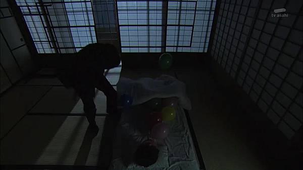 Keibuho Yabe Kenzo S2 ep07 (1280x720 x264)[16-28-15].JPG