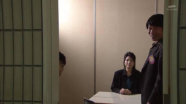 [130830][EXd]TRICK番外編 警部補矢部謙三2 #8[16-01-46].JPG