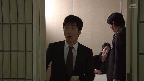 [130830][EXd]TRICK番外編 警部補矢部謙三2 #8[16-01-48].JPG