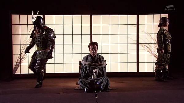 [130830][EXd]TRICK番外編 警部補矢部謙三2 #8[16-51-01].JPG