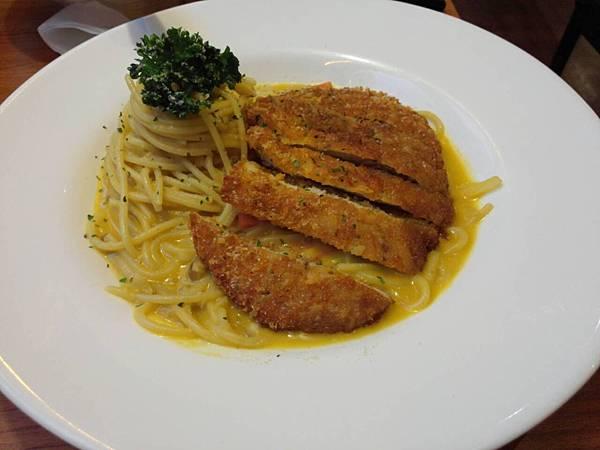 【台北】Is Pasta義大利麵 咖哩豬排義大利麵