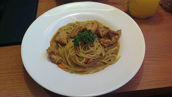 Is Pasta義大利麵 南瓜雞義大利麵