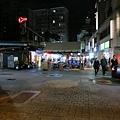 雙城街夜市入口處