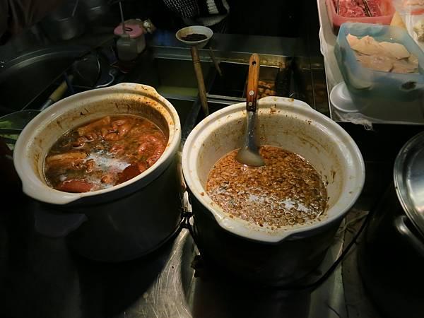 雙城街夜市-嘉義雞肉飯-肉燥