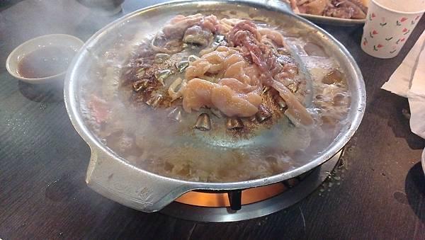 韓江-韓式烤肉-煮雞肉