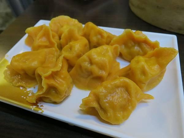 海餃七號-水餃店-紅蘿蔔水餃