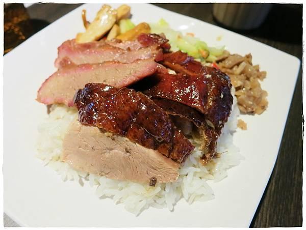 北市-蘆洲-大三巴港式餐廳-雙拼燒臘飯