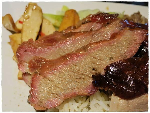 北市-蘆洲-大三巴港式餐廳-雙拼燒臘飯-燒肉