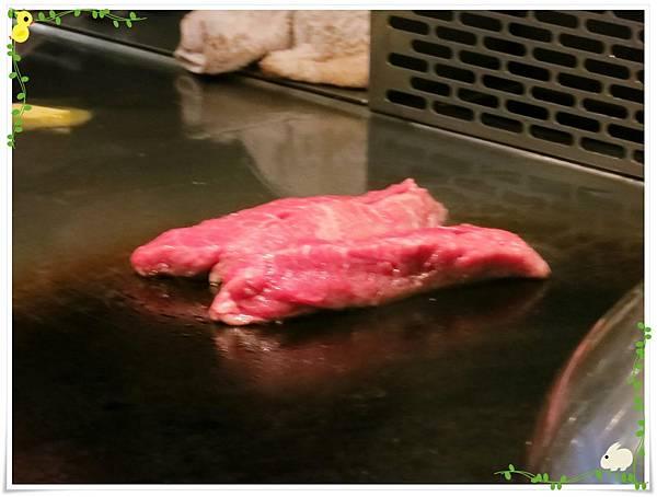 台北-HOT 7-王品集團平價鐵板燒-香蒜炙燒牛排