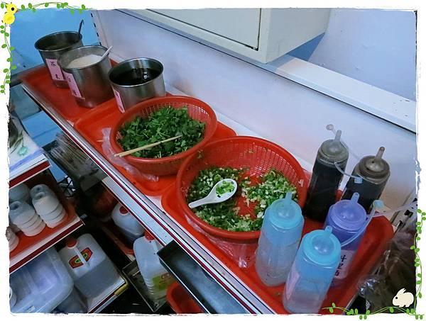 長白-東北酸菜白肉鍋-30年老店-酸菜白肉鍋-醬料