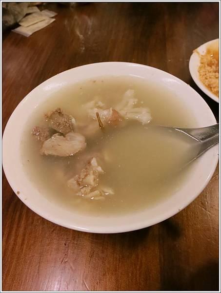 高雄-美食小吃-郭家肉粽、碗粿-豬腳湯