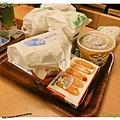 高雄-不像速食店的速食店-丹丹漢堡-餐點上桌