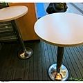 高雄-不像速食店的速食店-丹丹漢堡-戶外