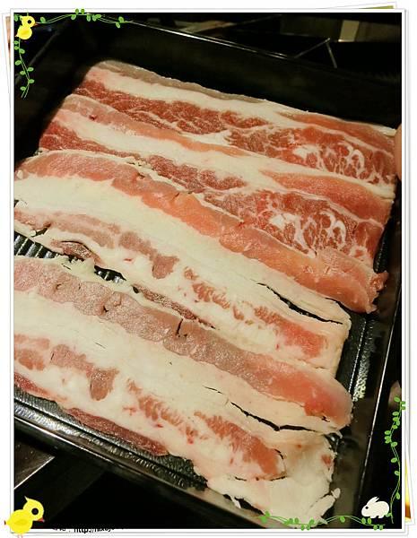 台北-本沐食堂-美味的壽喜燒吃到飽-牛肉