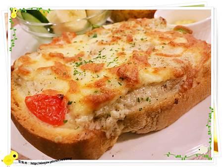 台北-新莊-鯊魚咬吐司-變成可怕的吐司-熟烤白醬鮪魚厚切土司