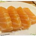 桃園-住都飯店晚餐buffet吃到飽-超出期待的美味-鮭魚生魚片