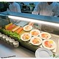 桃園-住都飯店晚餐buffet吃到飽-超出期待的美味-生魚片區