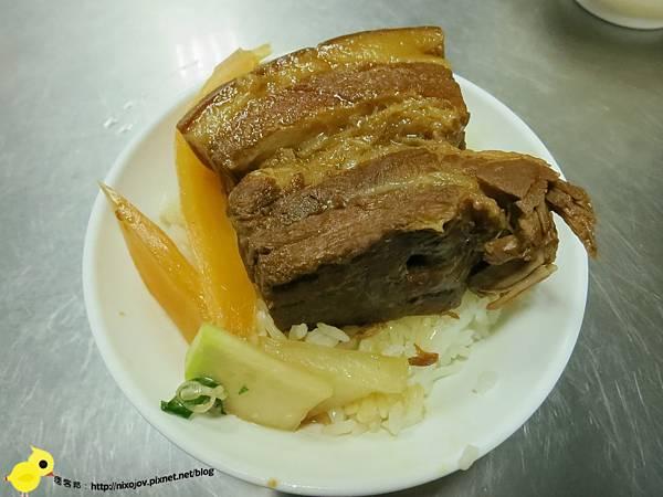 台中第二市場-聰明控肉飯vs李海控肉飯,控肉大對決-李海控肉