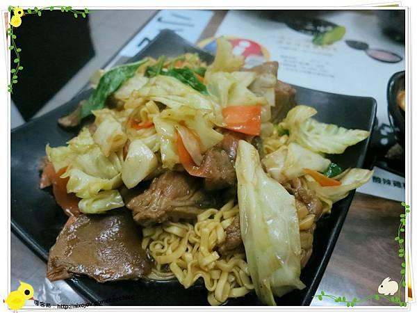 台北-三杯三怪媽媽小廚-美味的三杯料理
