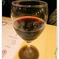 台北-新莊、輔大捷運站-饗厚牛排-享受厚度的美味-自助吧-冰淇淋台北-新莊、輔大捷運站-饗厚牛排-享受厚度的美味-紅酒