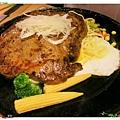 台北-新莊、輔大捷運站-饗厚牛排-享受厚度的美味-自助吧-冰淇淋台北-新莊、輔大捷運站-饗厚牛排-享受厚度的美味-嚴選沙郎30oz牛排