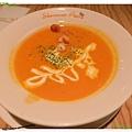 台北-夏諾瓦義大利麵-壽星優惠吃免錢-南瓜濃湯