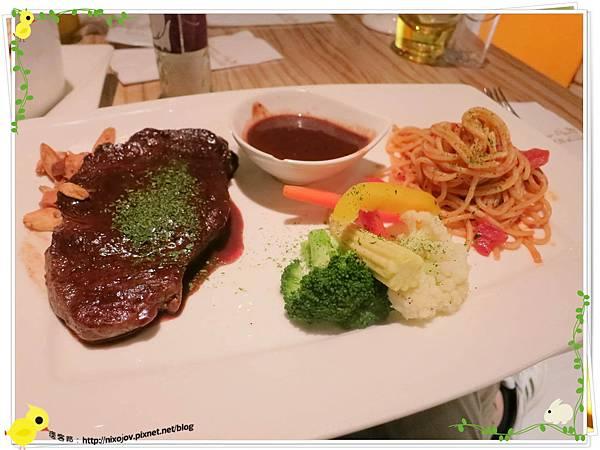 台北-夏諾瓦義大利麵-壽星優惠吃免錢-香蒜紅酒菲力牛排茄汁義大利麵