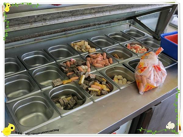 新莊-馨媽香香鍋-『在地人的美味』-大腸臭臭鍋-材料