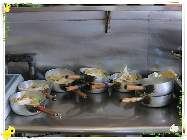 新莊-馨媽香香鍋-『在地人的美味』-大腸臭臭鍋-現煮臭臭鍋