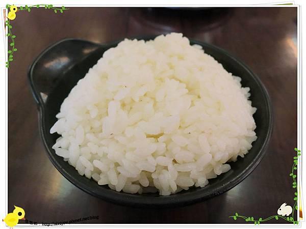 新莊-馨媽香香鍋-『在地人的美味』-大腸臭臭鍋-白飯一碗