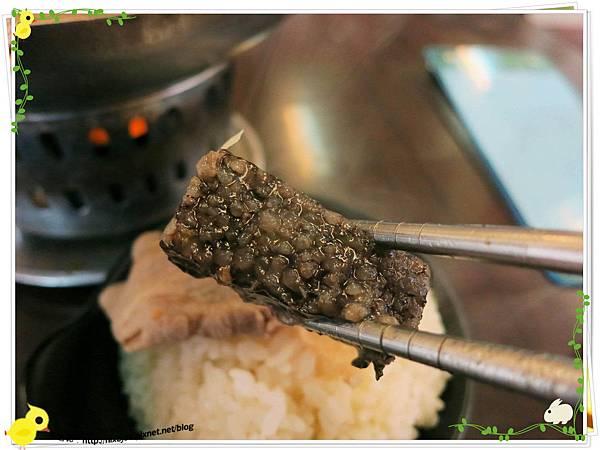 新莊-馨媽香香鍋-『在地人的美味』-大腸臭臭鍋-豬血糕