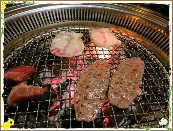 台北-京東洋食燒烤『入口即化的美味牛肉』-牛副餐-牛五花-板腱-牛助條