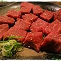 台北-中山區-乾杯-貴松松肉補補吃氣氛-牛肉塊