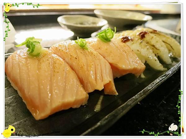 台北-板橋-海禾味刺身壽司屋-炙燒的美味,入口即化-炙燒比目魚、鮭魚