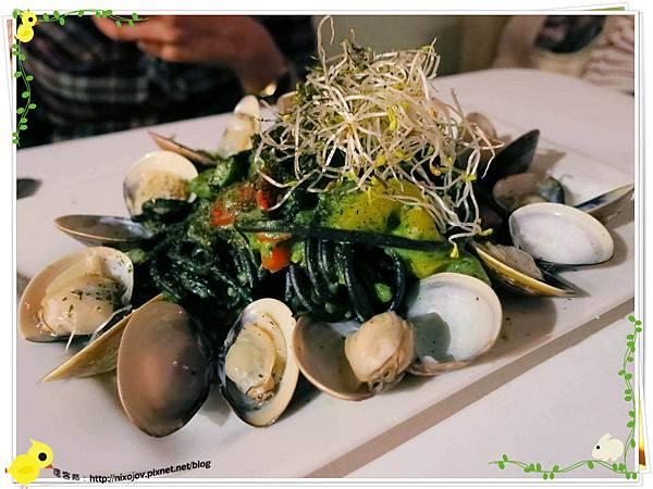 台北-板橋-花吃-花的禮物餐廳-黑