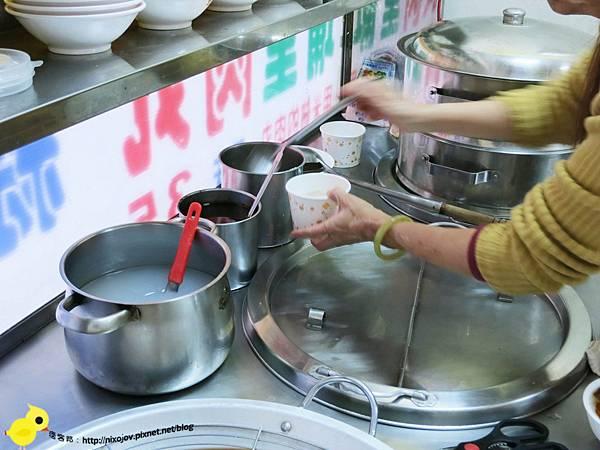 新莊在地美食-袁家埔里大肉圓、碗糕