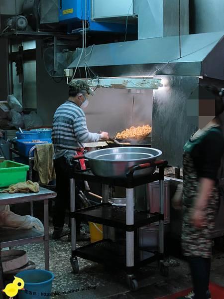 台北-三重-【銅板美食】-40元雞塊、35元雞排店