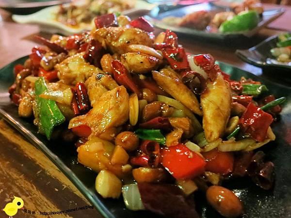 【台北】板橋-WOW!烤串燒店-一起到教室用餐吧-宮保雞肉