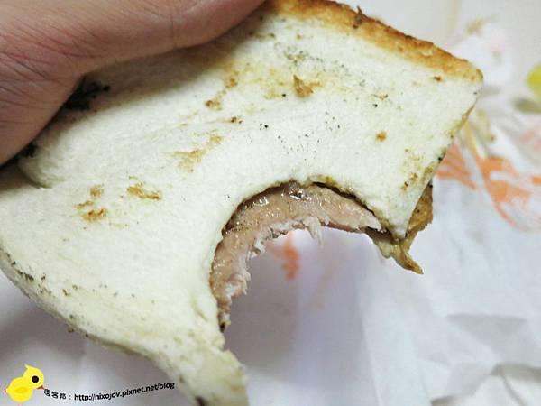 【新莊】厝邊碳烤店-我要吃吐司夾肉啦!