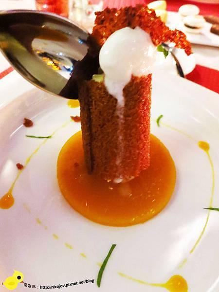 【台中】Beluga法式餐廳-池畔上美妙的餐廳