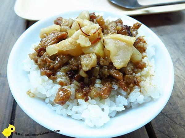 【蘆洲】黃記甲品香-好喝的排骨酥湯