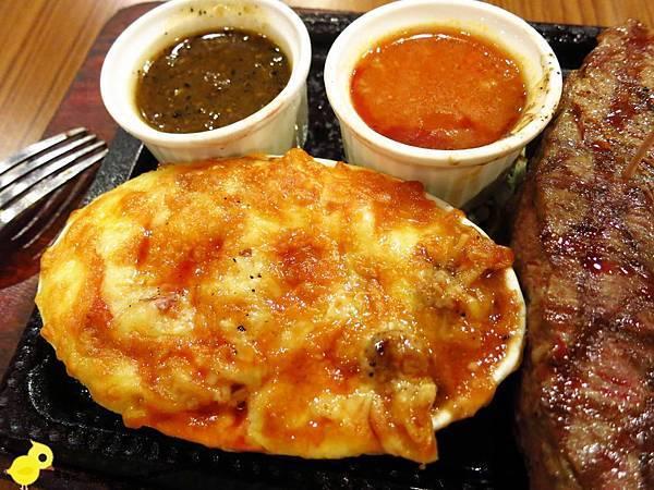 【新莊】牛仔部落火烤厚切牛排-自助平價牛排