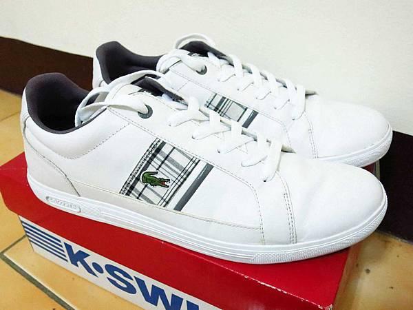 【新莊洗鞋店】WaWa專業洗鞋店-過新年洗舊鞋穿新鞋