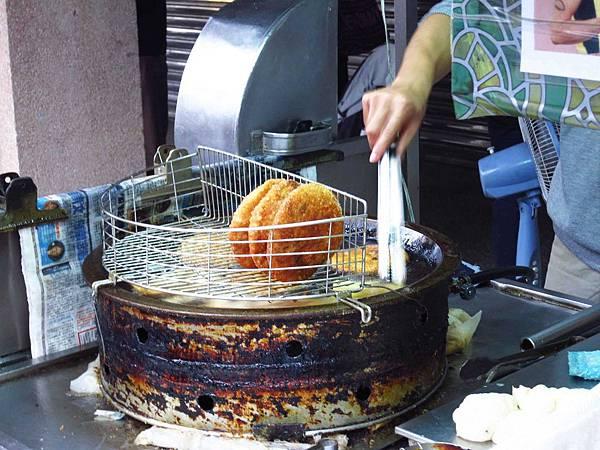 【台南新化】上海老爹蔥肉餅-特殊的新化燒餅