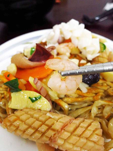 【花蓮美食】南華大陸麵店-極力推薦的煎麵美食
