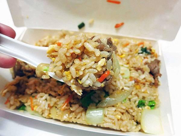 【新莊】阿坤炒飯-昌盛街的炒飯攤