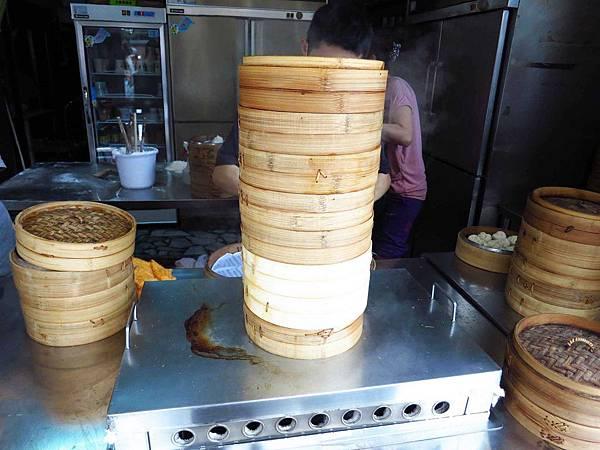 【蘆洲早餐】無名小籠包-皮薄餡多湯汁美味-蘆洲民權路