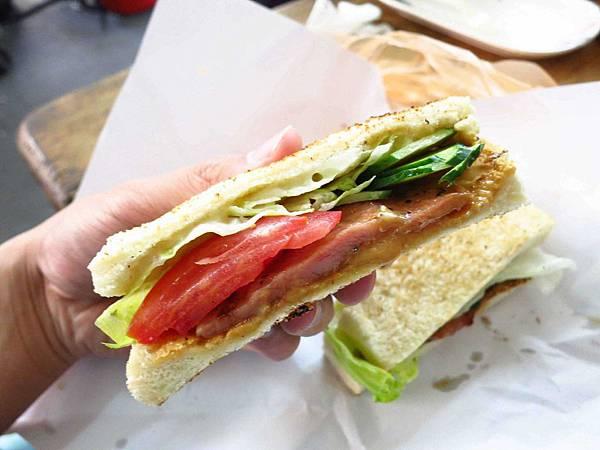 【蘆洲早食】碳烤三明治-木炭烤的吐司-長安街